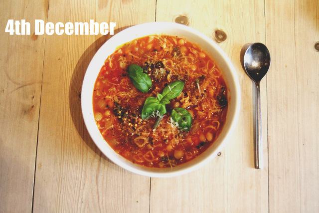 Minestrone soup 2up photography (1)