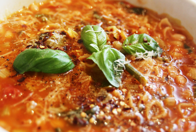 Minestrone soup 2up photography (3)